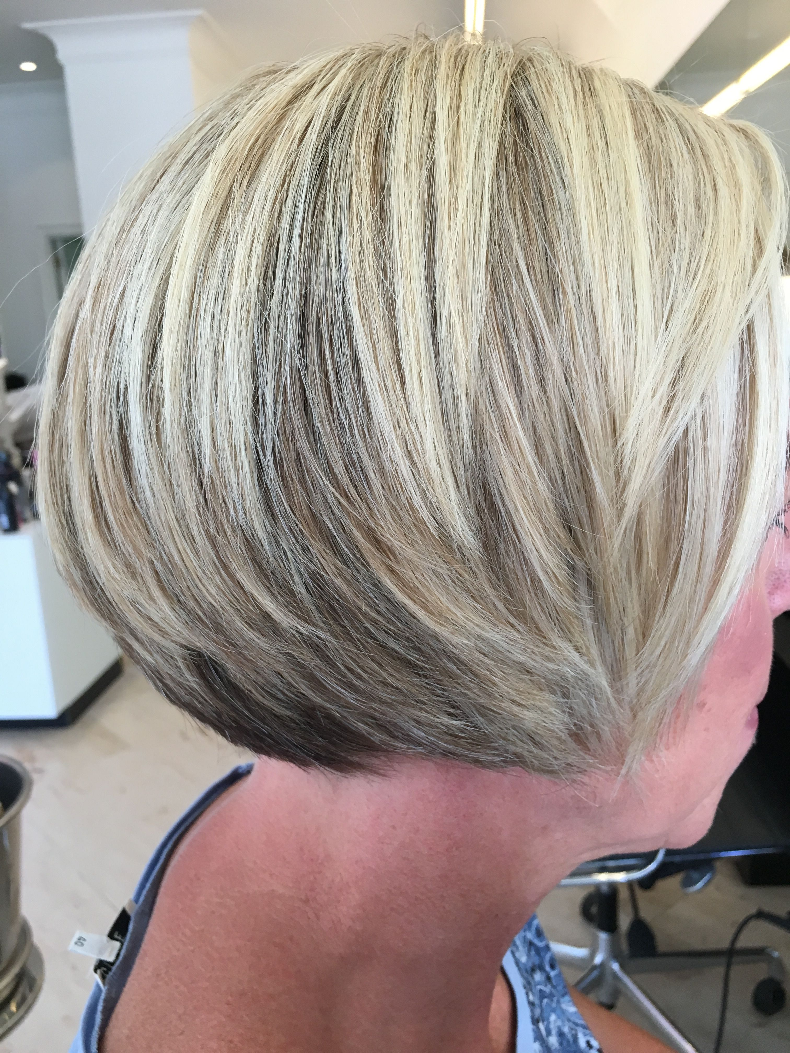 Kort Blond Haar Met Highlights Short Hair Styles Hair Styles Hair