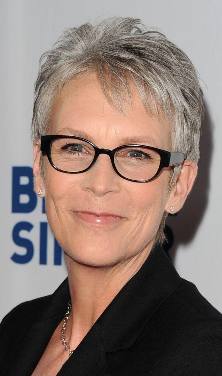 Best Hairstyles For Women Over 60 With Glasses Gtrendsgtrends Kort Kapsel Dames Met Bril Kort Kapsel Grijs Haar Grijs Haar Kapsels