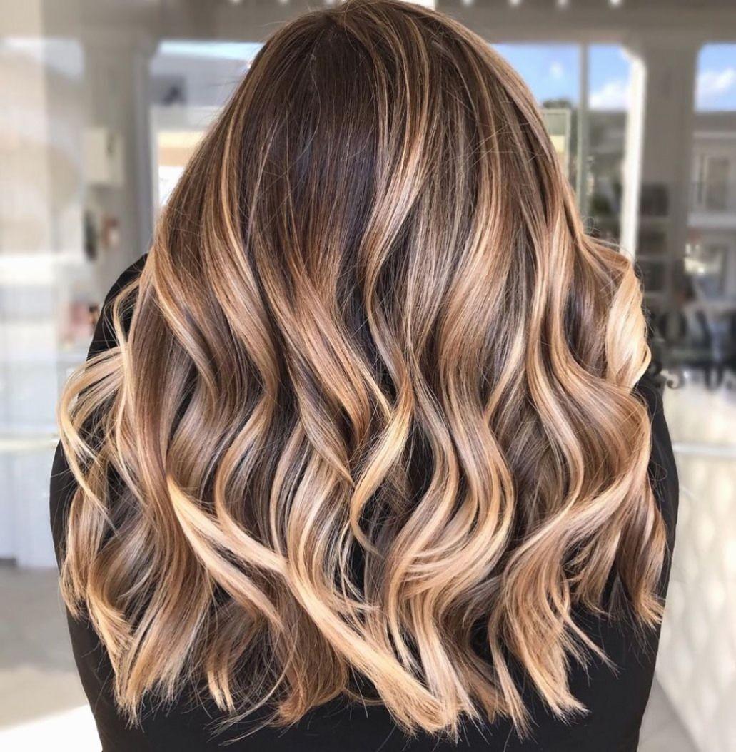 Best Hair Color Trends That Are Worth Trying In 2020 In 2020 Kapsels Lang Haar Balayage Kapsels Lang Haar Highlights Halflang Haar Balayage