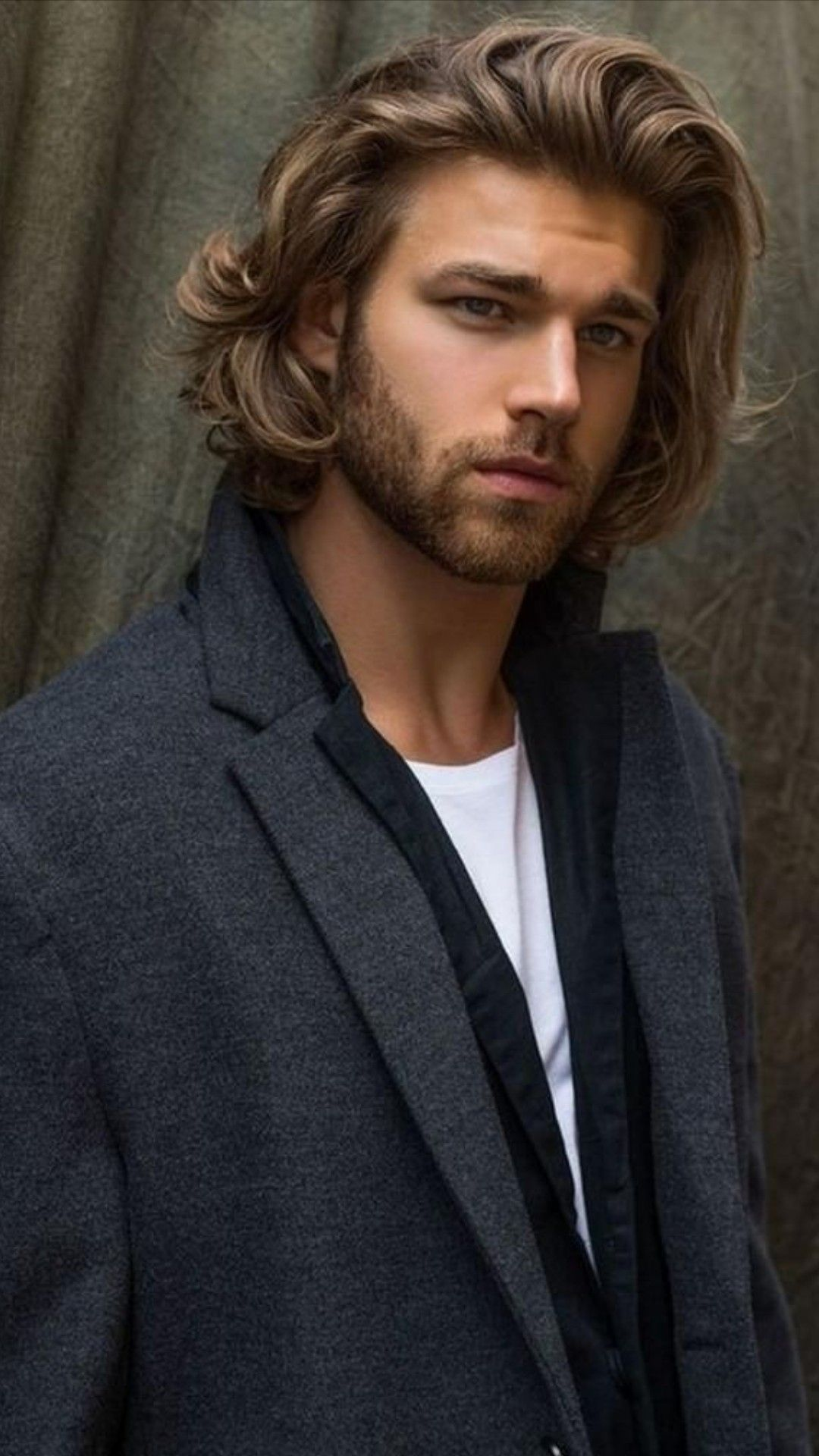 Pin By Ameartbuenosaires On Men S Style Long Hair Styles Men Mens Hairstyles Long Hair Styles