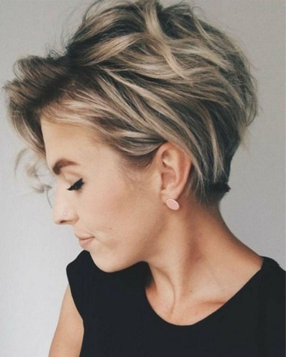 2018 Blond Gekleurd Kort Warrig Winter Kapsels Kort Trendy Kapsel Kapsels Voor Kort Haar