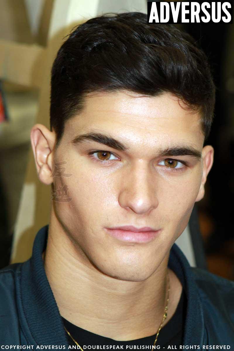 Korte Kapsels Mannen Steil Haar