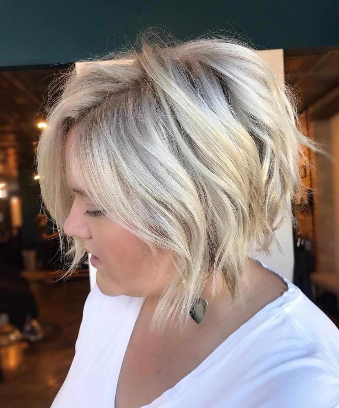 50 Latest Pixie And Bob Haircuts For Women Cute Hairstyles 2019 Bobhaircut Bobpixie Haircut For Thick Hair Thick Hair Styles Bob Haircuts For Women