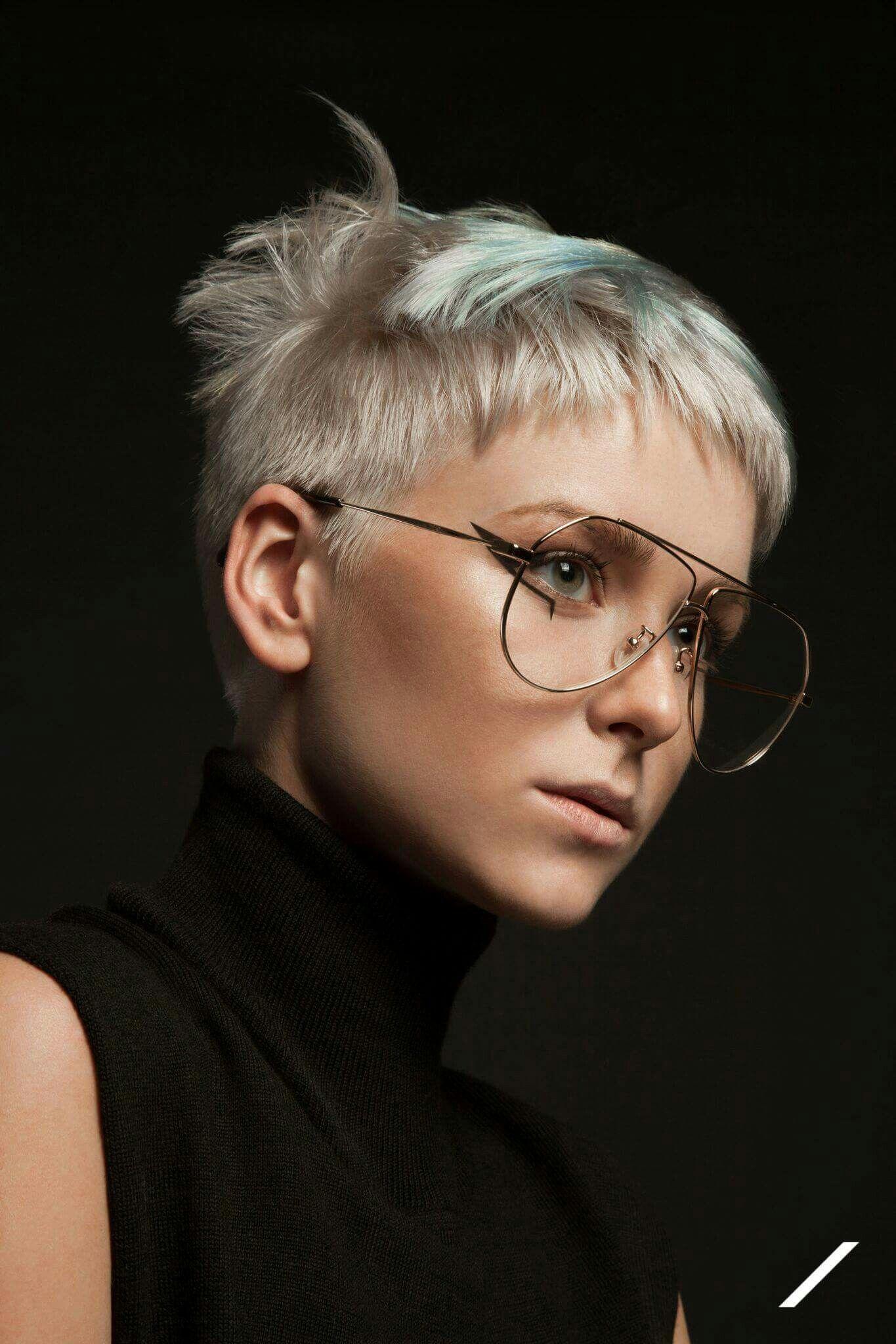 Pin Van S M B L Op Brillen Kapsels Korte Kapsels Kapsel Ideeen