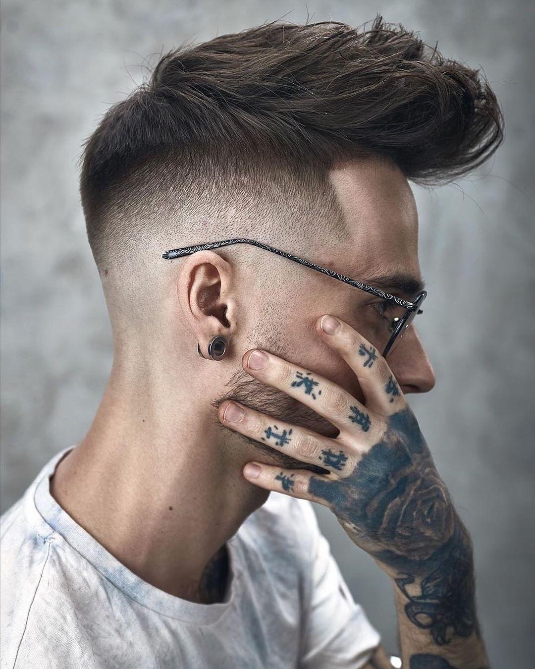 Pin Van Ashley Malone Op Short Hairstyles In 2020 Herenkapsel Undercut