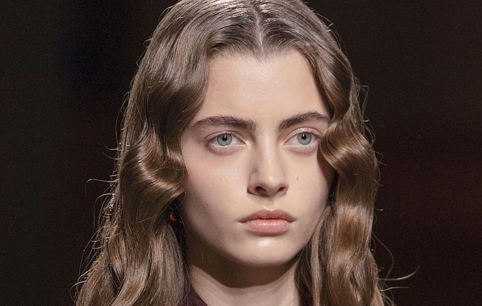 Kapsels Najaar 2020 Deze Haartrends Zien We Voor Lang Haar