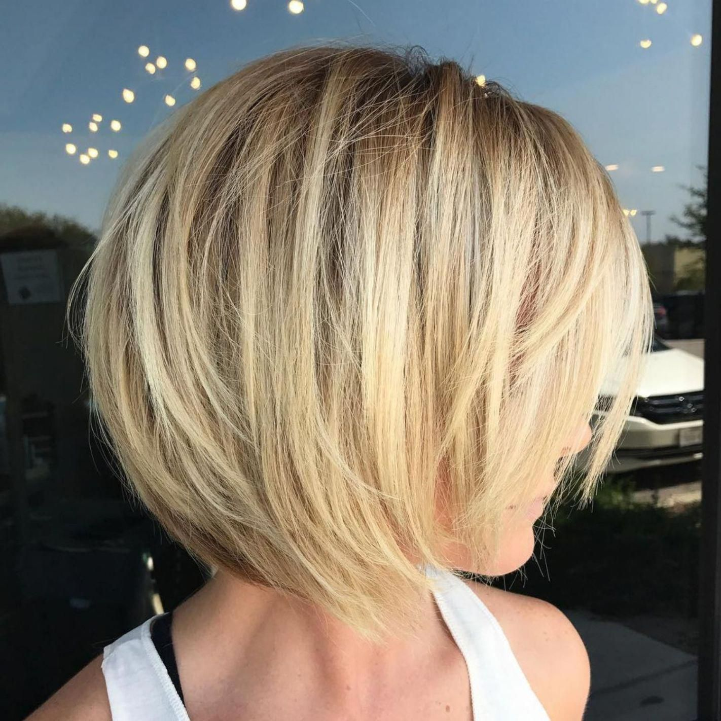 Blonde Layered Bob For Fine Hair Bobhairstylesforfinehair Bob Hairstyles For Fine Hair Wavy Bob Hairstyles Bob Hairstyles