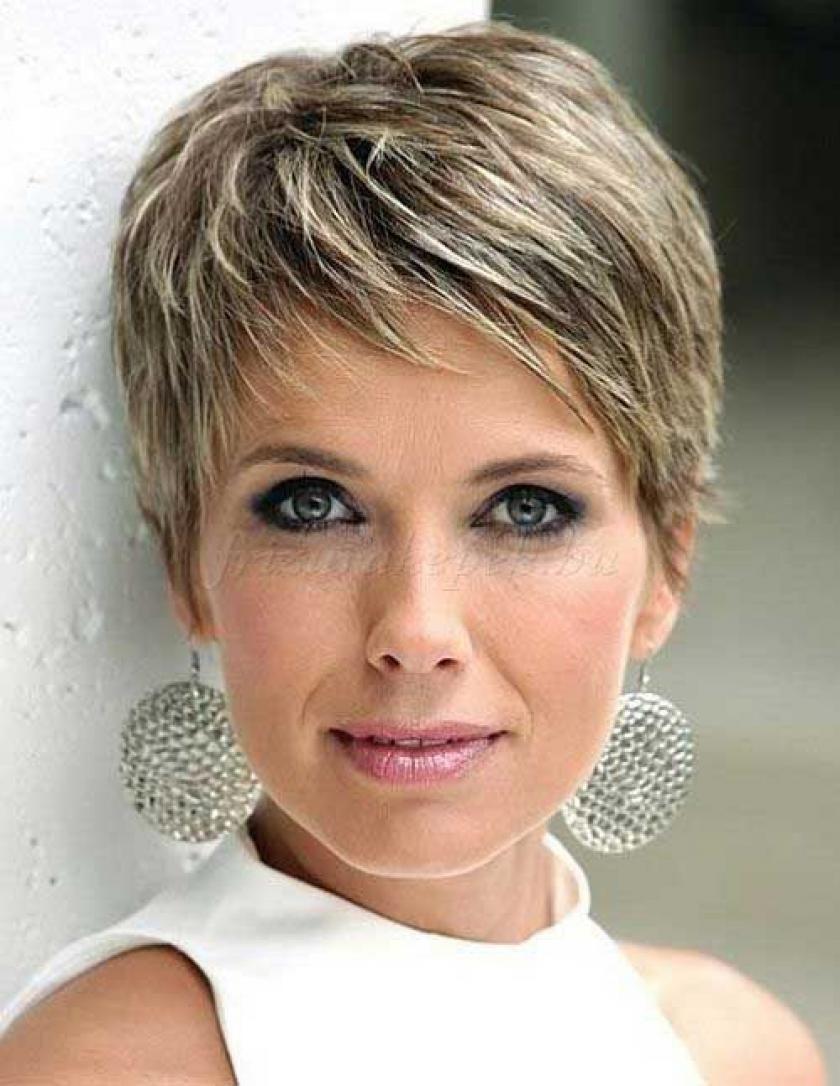 10 Classic And Easy Short Hairstyles For Women Over 50 Kapsels Kort Kapsel Met Highlights Kapsels Voor Kort Haar