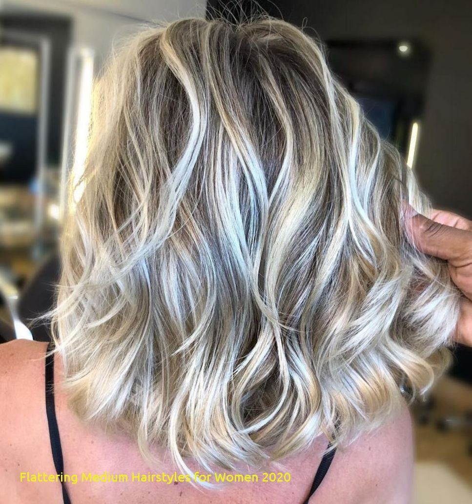 96 Awesome Flattering Medium Hairstyles For Women 2020 Blond Haar Highlights Kapsel Halflang Haar Laagjes Lang Haar Kapsels