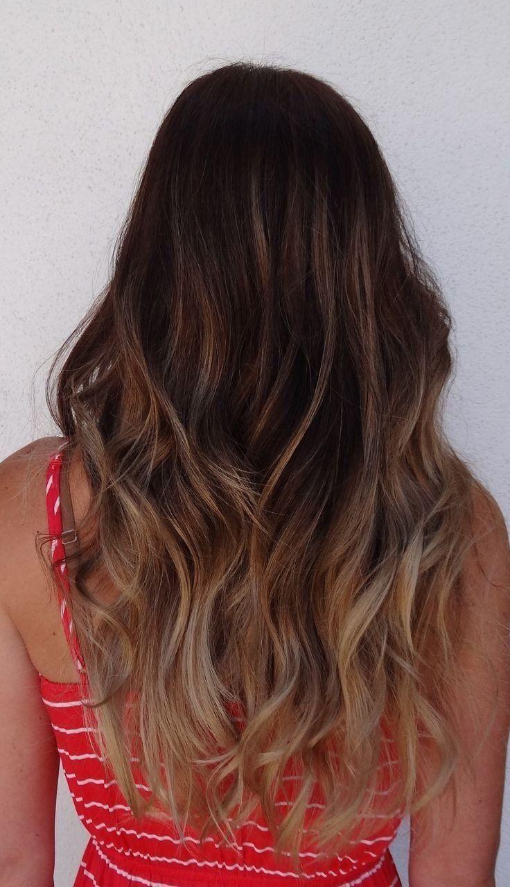 Op Zoek Naar Een Mooi Kapsel Deze Zomer 14 Leuke Ideetjes Voor Meiden Met Lang Haar Haarstijlen Lang Haar Golvend Haar