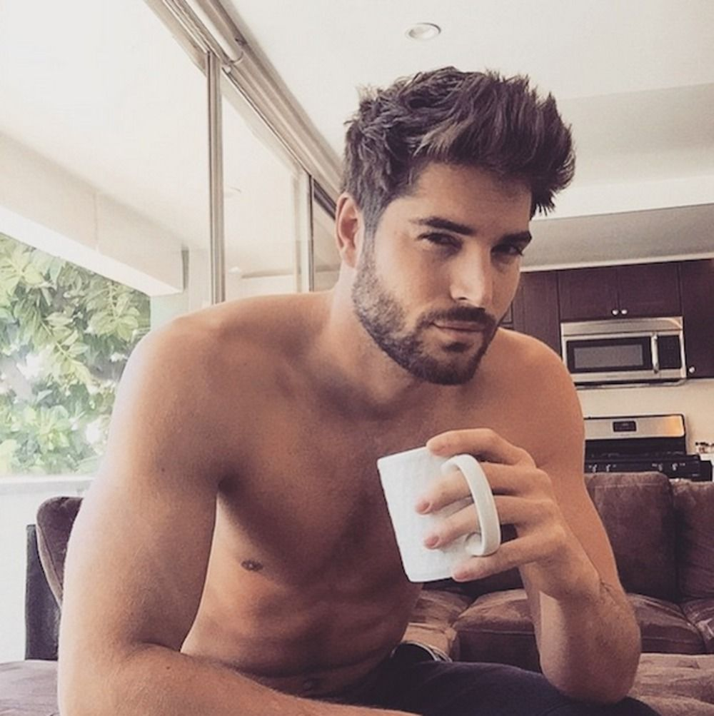 Instagram Hit Hete Mannen Met Koffie Kapsels Mannen Kapsels Heren Kort Mannelijke Kapsels
