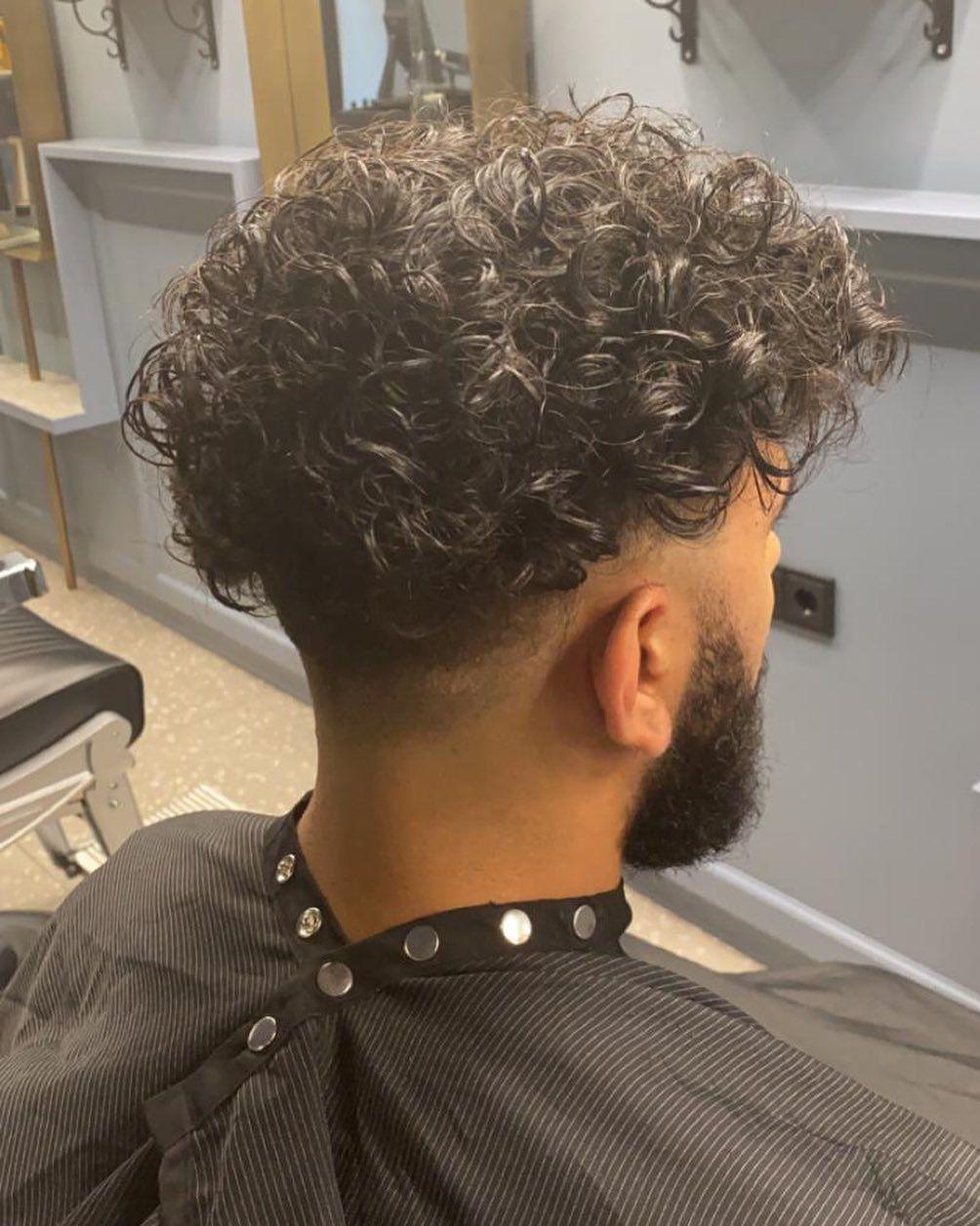 We Love Curls Krullen Kapsels Man Lang Haar Voor Mannen Mannelijke Kapsels