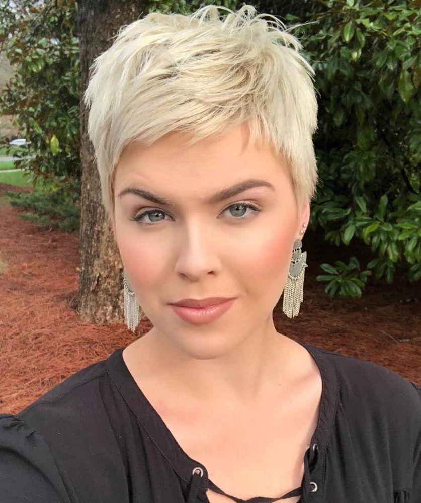 20 Ideeen Over Kapsel Kort Dun Haar Kort Dun Haar Kort Haar Kapsels Kort Haar