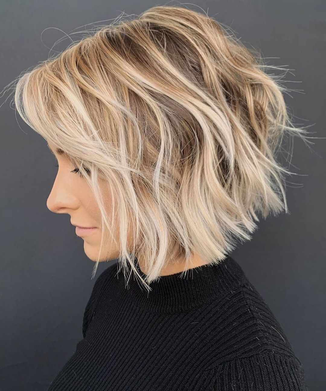 Latest Short Hairstyles For Winter 2020 In 2020 Textured Haircut Trending Haircuts Wavy Bob Haircuts