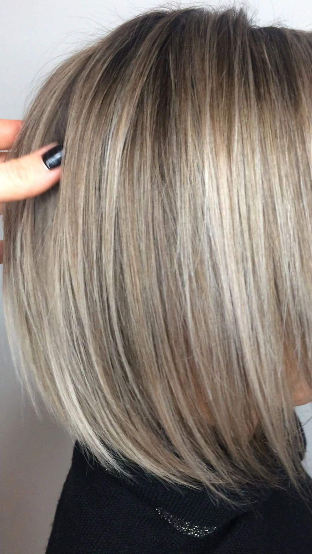 Winter 2019 Dry Rootmelt Money Piece Highlights And Toner Shorthaircuts Hair Highlights Blonde Bobs Bob Hairstyles
