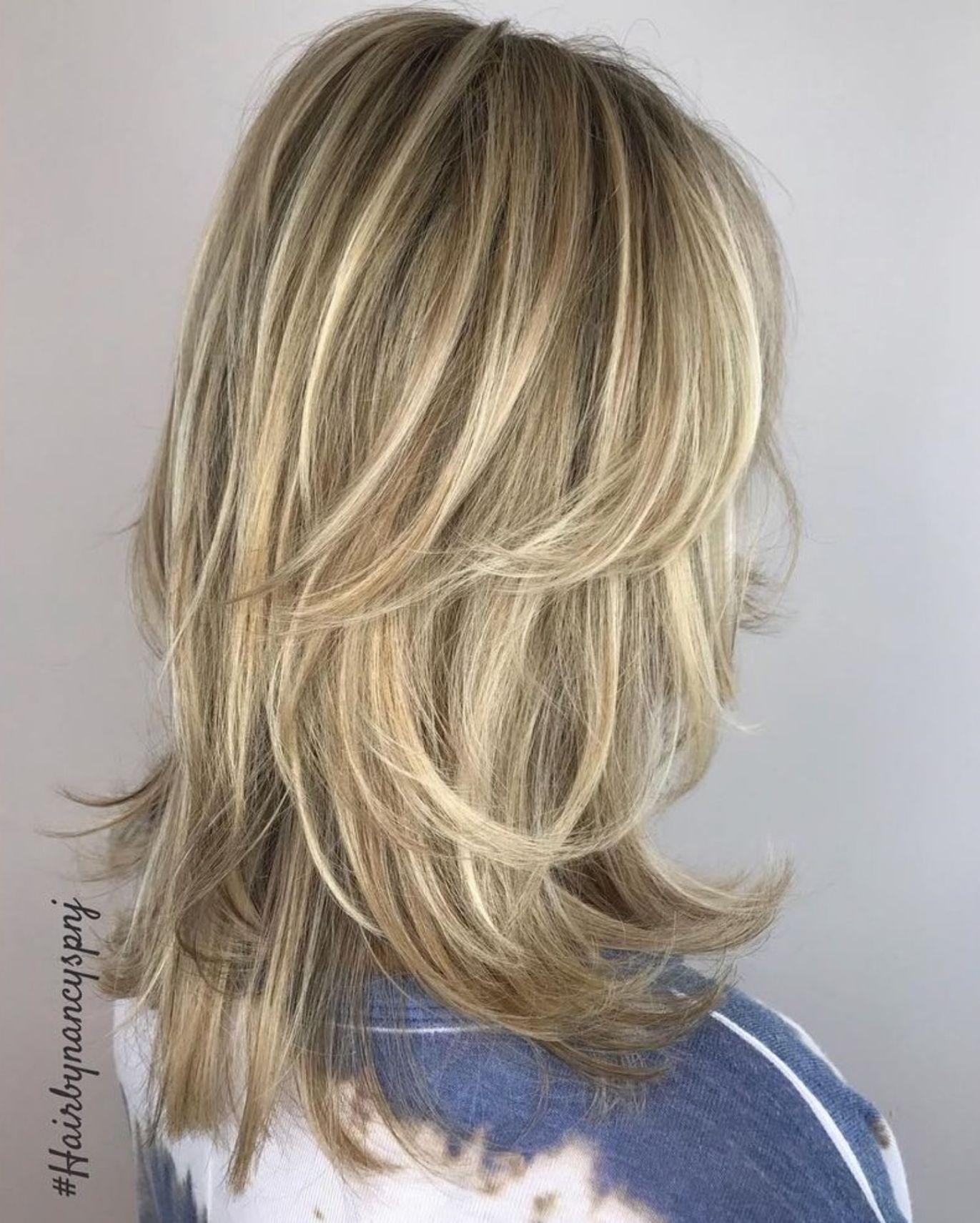 Medium Shag Haircut With Blonde Balayage In 2020 Lang Haar Kapsels Kapsels Lange Kapsels