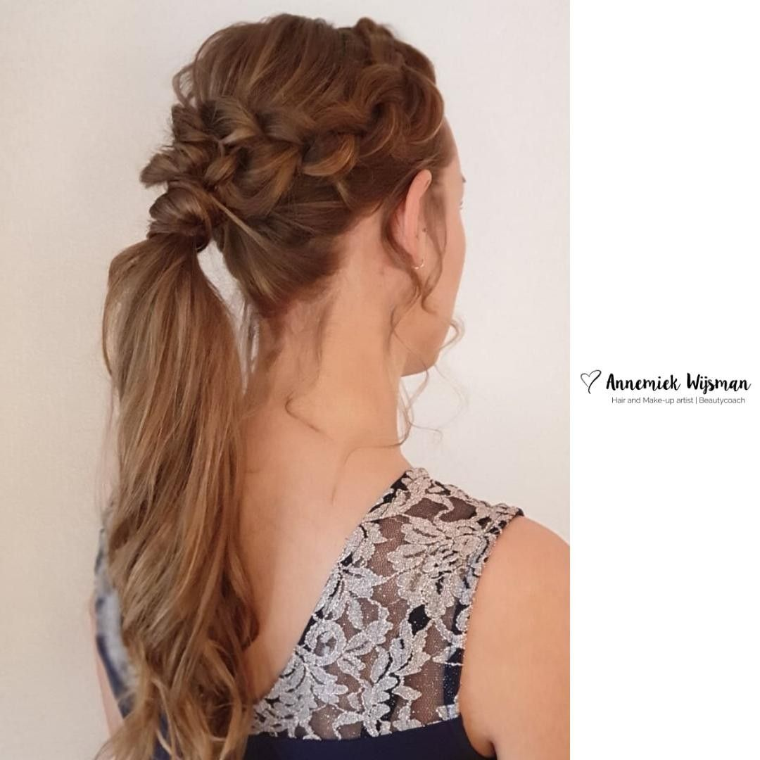 Meet Ponytail 2 0 Vlecht Staart Braid Behindthechair Ponytail Kapsel Wedding Bridesmaid Bruidsmeisje Updo H Hair Styles Flawless Skin Bridal Hair