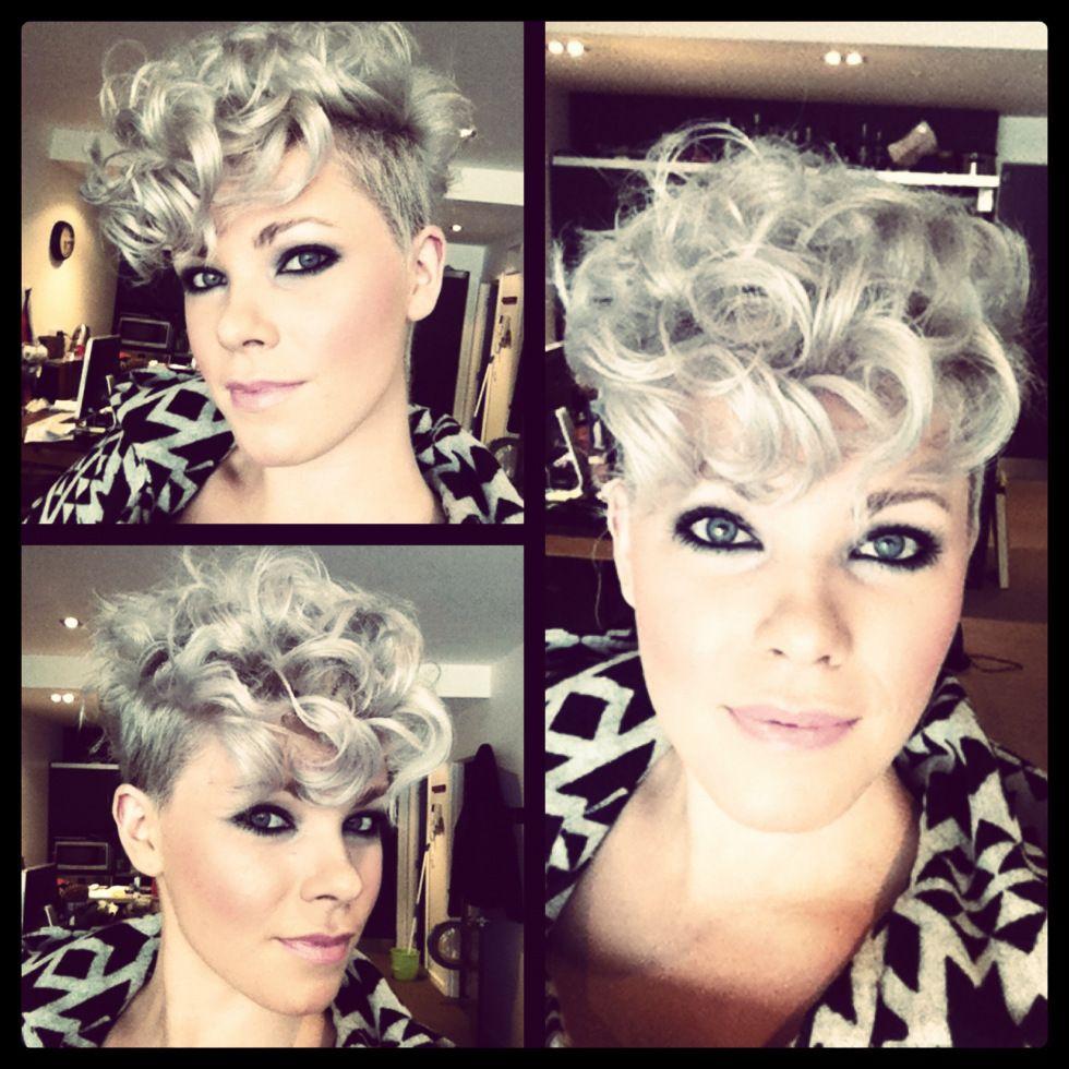 Cute Curly Pixie I Would Never Ever Do This But It S Super Cute Kort Krullend Haar Stijle Kapsels Kort Haar Kapsels