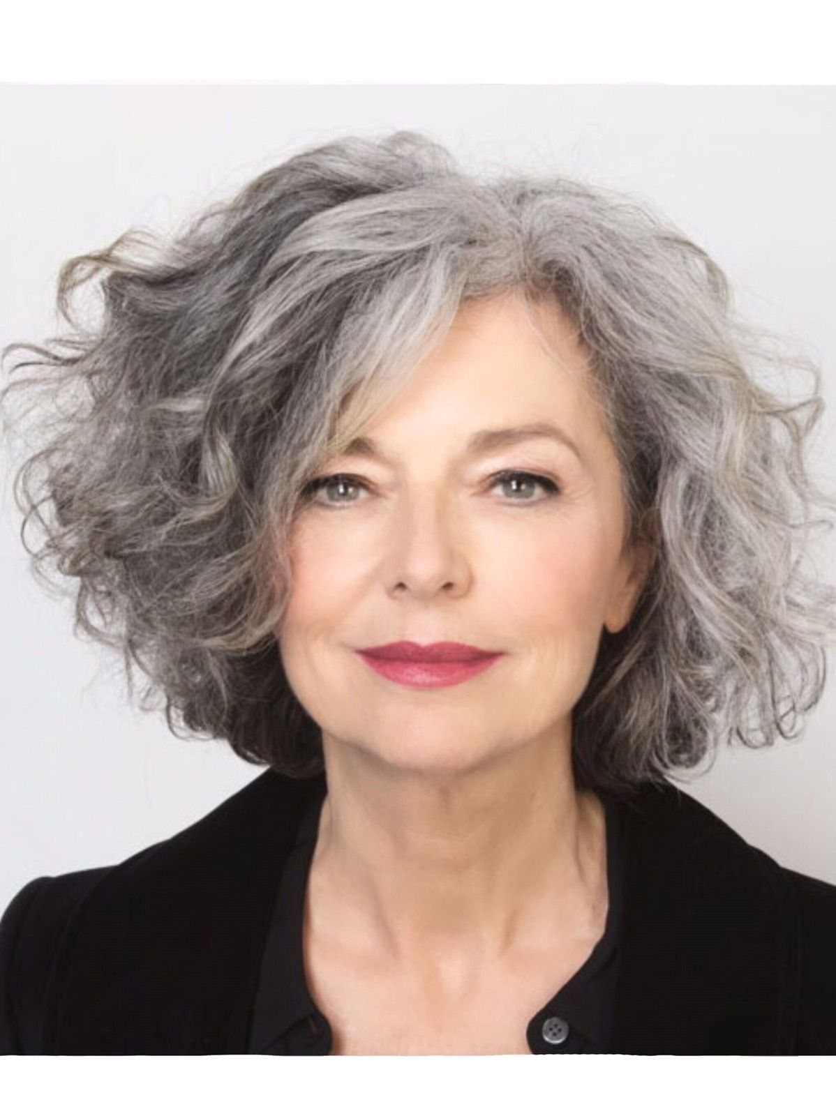 Salt And Pepper Gray Hair Grey Hair Silver Hair White Hair Don T Care No Dye Dye Free Natural Highlights Aging An Grijs Haar Grijs Haar Kapsels Kapsels