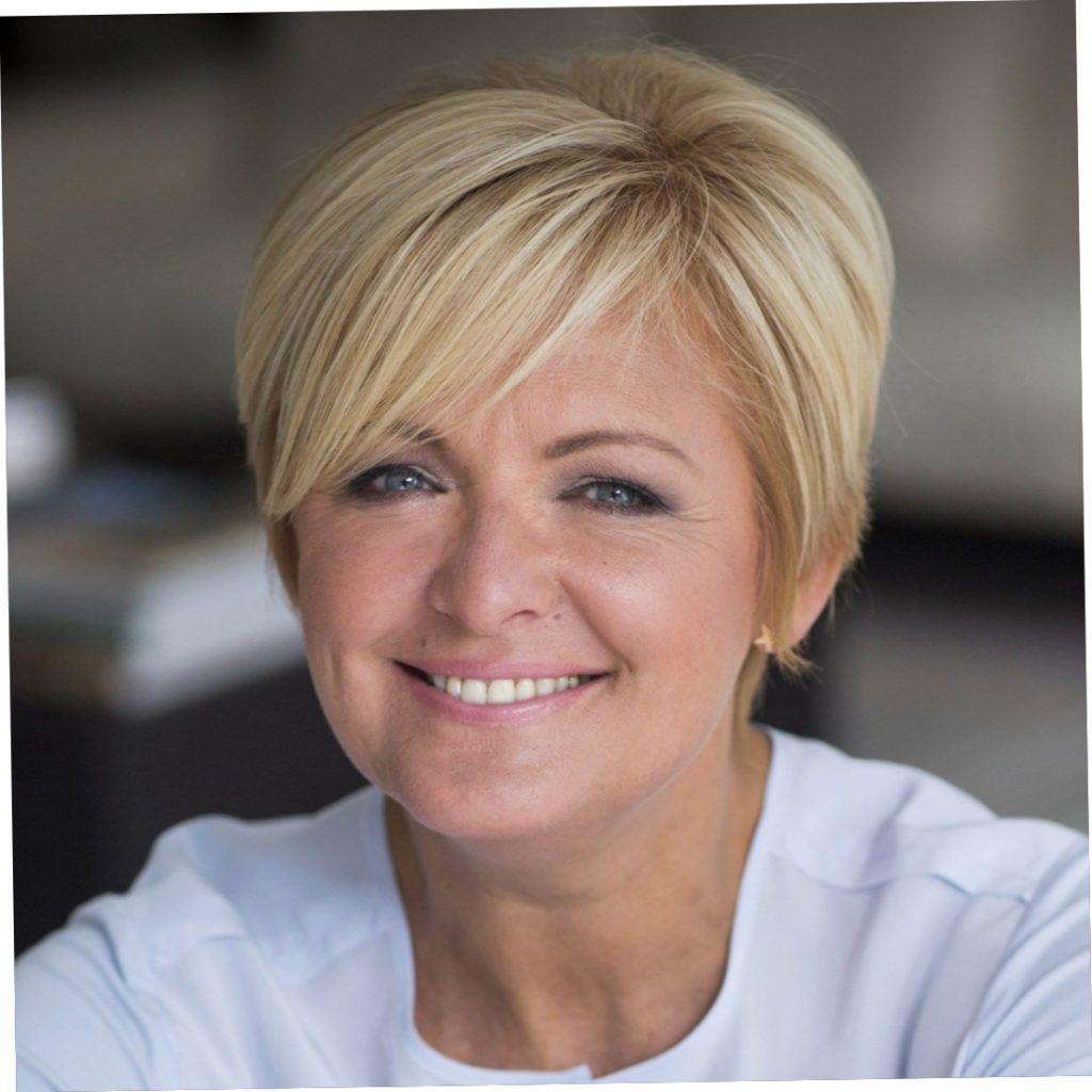 Epic Korte Kapsels Caroline Tensen Stempelfeest Nl Trend Kapsels Haarstijlen Eenvoudige Haarstijlen Kapsels Haarstijlen Kort Haar Haarstijlen