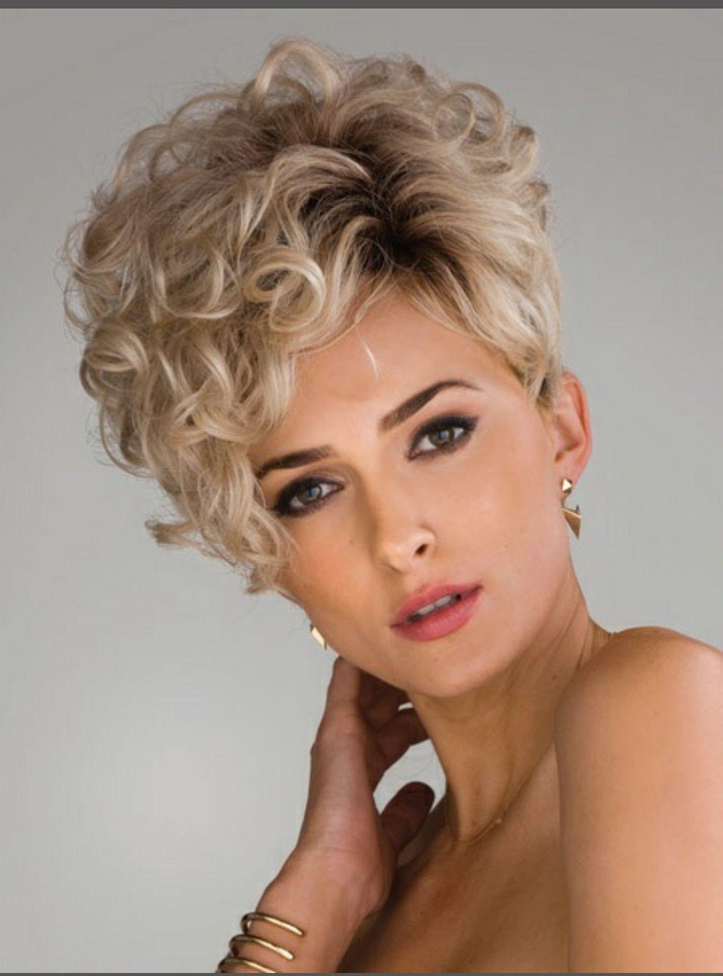 Pin Van Cheryl Turk Op Cabelo Kapsels Korte Kapsels Krullend Haar Kort Haar Kapsels