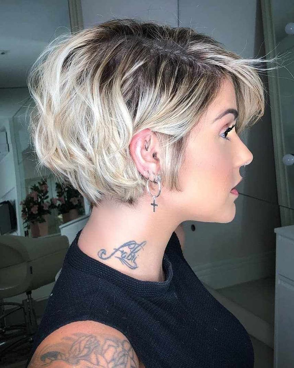 20 Incredible Short Haircuts And Hairstyles Ideas That You Need To Try Thick Hair Styles Stylish Short Haircuts Short Hairstyles For Thick Hair