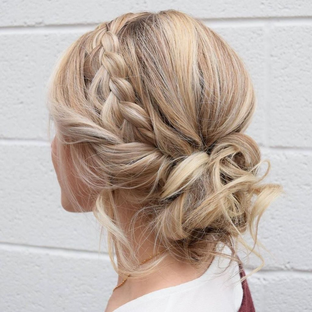 Pin By Julie Rimanque On Ucesy Braided Hairstyles Easy Medium Hair Styles Curled Hairstyles