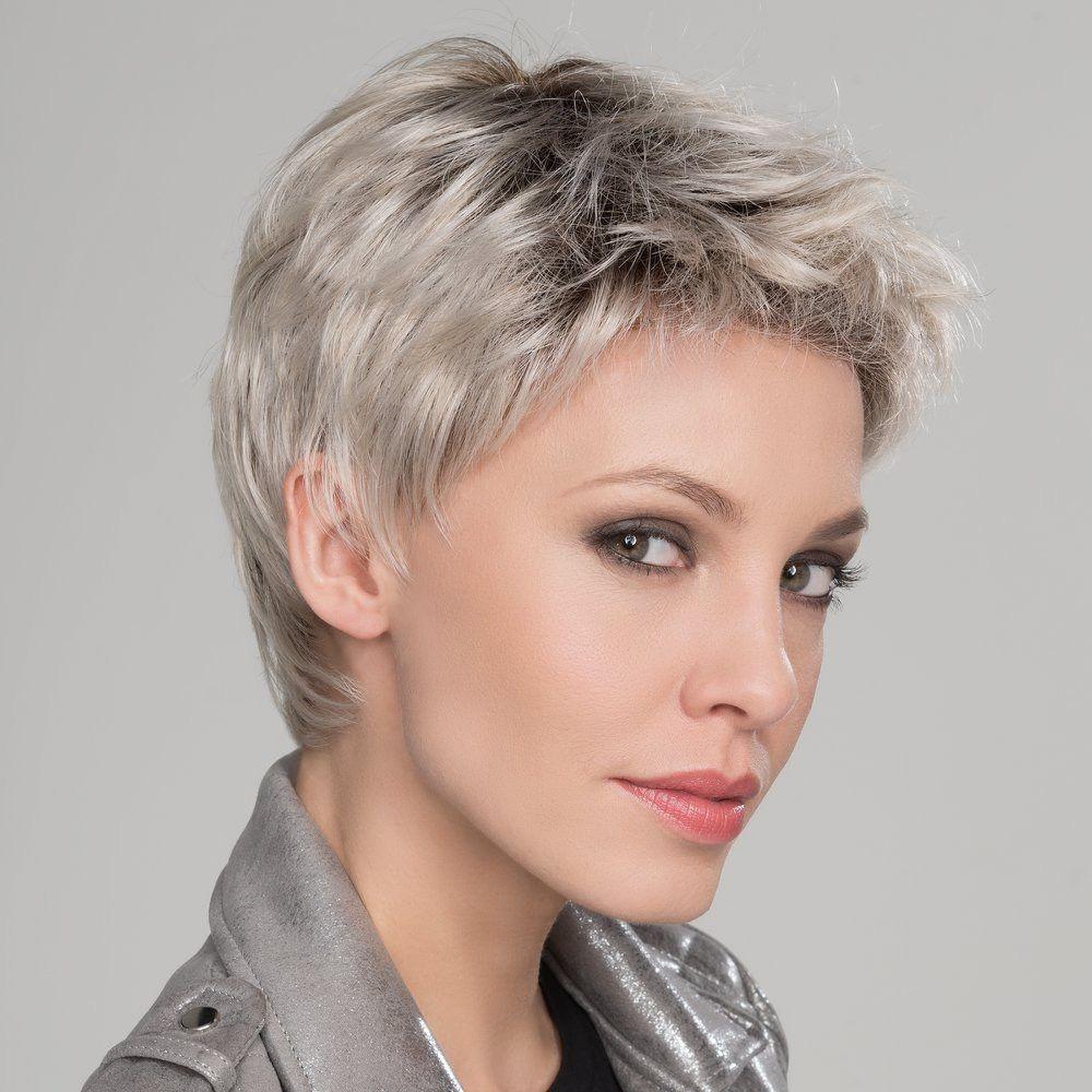 Pin Van Szollosi Aronne Op Haj In 2020 Kort Kapsel Dames Met Bril Kort Kapsel Grijs Haar Kapsel Kort Stijl Haar