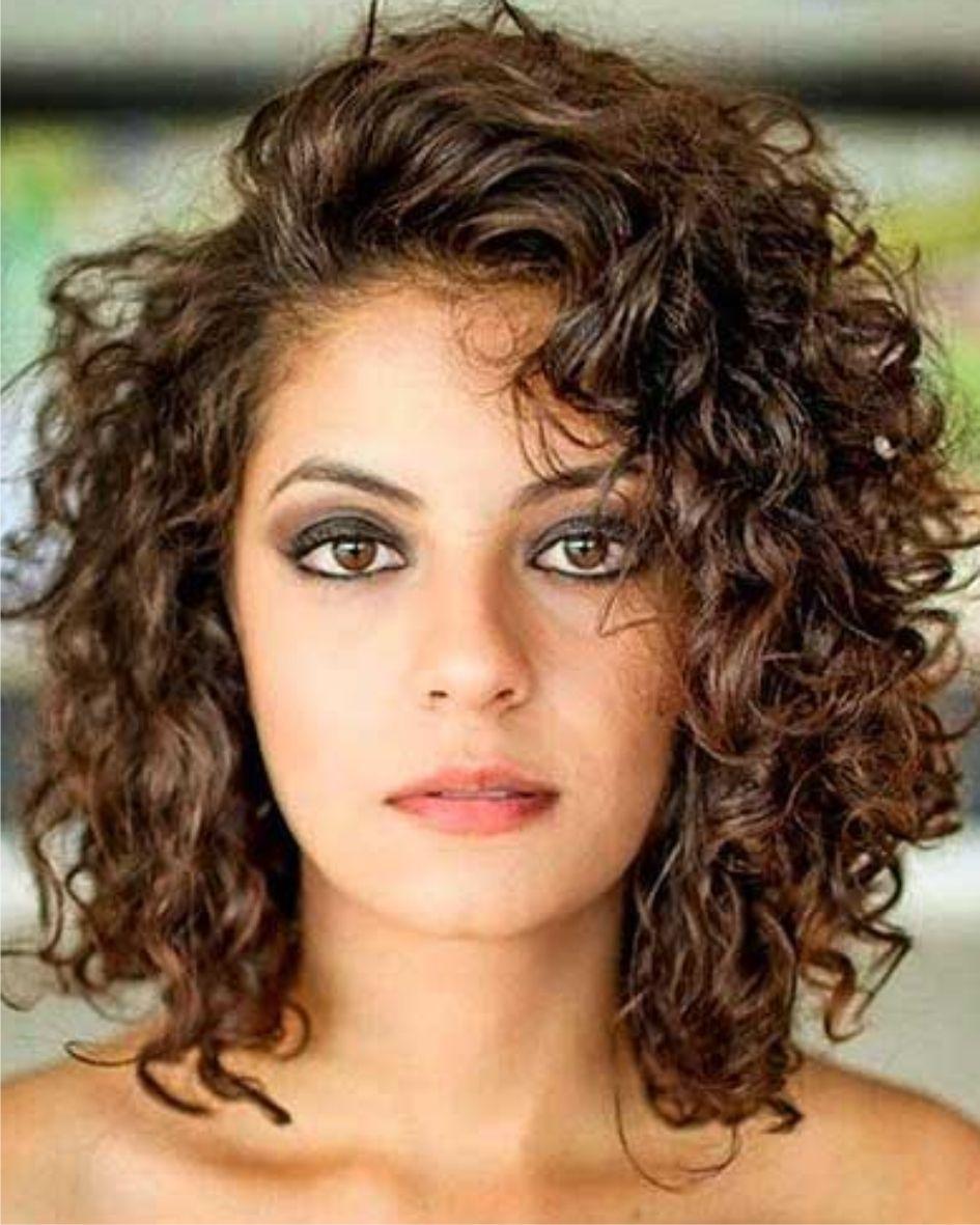 Halflang Met Krullen Dames Kapsels 2018 Curly Hair Styles Hair Styles Shoulder Length Curly Hair