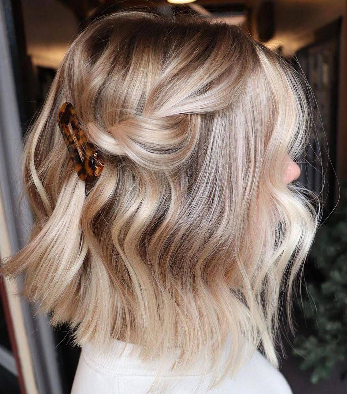 60 Ideas How To Do An Balayage Ombre On Short Hair In 2020 Short Hair Balayage Hair Styles Short Hair Styles