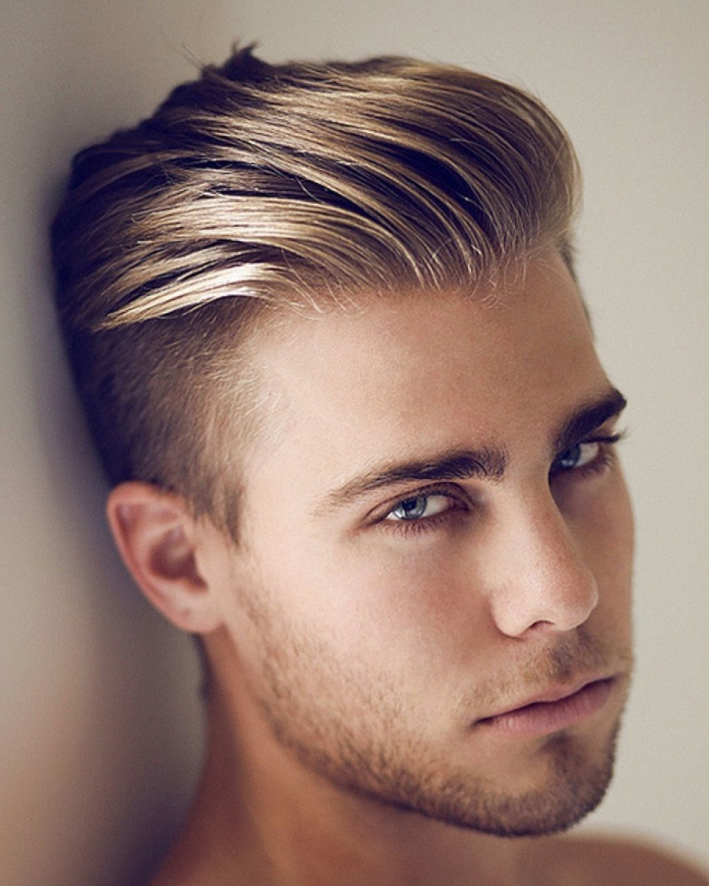 Undercut Slick Back Haircut Hipster Hairstyles Mens Hairstyles Short Mens Hairstyles