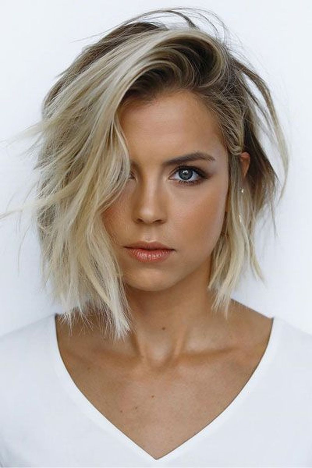 20 Magnificient Hairstyles Ideas For Short Hair That Trendy Now Thick Hair Styles Thin Fine Hair Haircuts For Thin Fine Hair