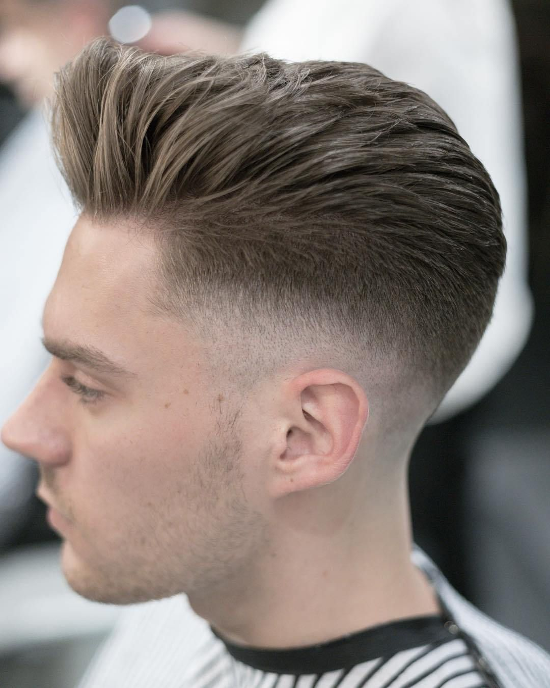 New Degraded Haircuts Man Short Hair 2019 Winter Pompadour Haircut Haircuts For Men Mens Hairstyles Pompadour