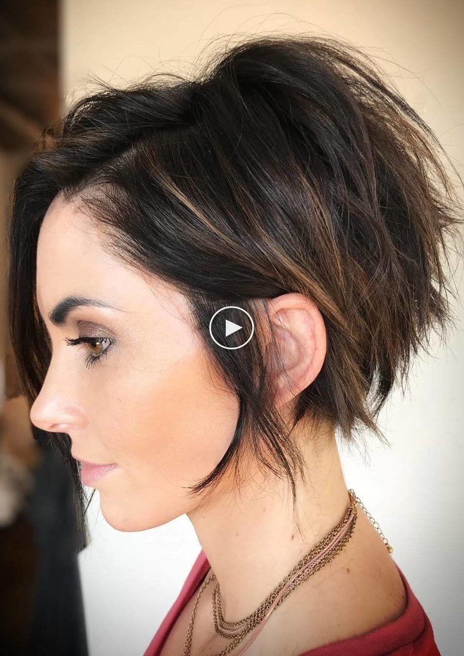 23 Nieuwste Korte Kapsels Voor 2019 Kapselinspiraties Voor Iedereen Pixie Haircut For Thick Hair Thick Hair Styles Short Hair With Layers