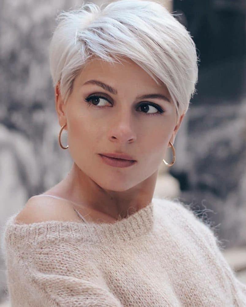 Pin Van Nadia Bogaert Op Hair In 2020 Kapsel Kort Stijl Haar Kapsels Voor Kort Haar