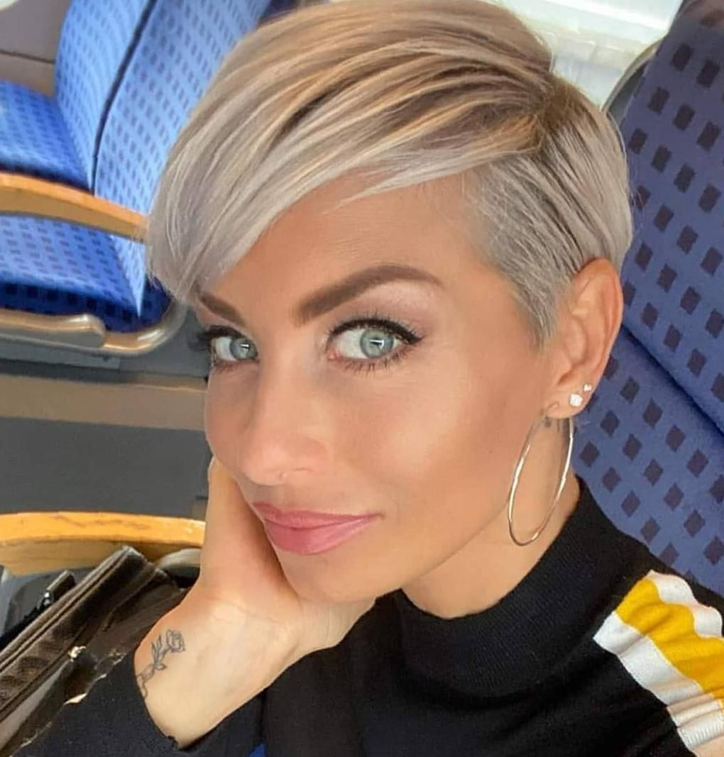 40 New Short Pixie Haircut Ideas For 2020 Pixie Haircuts Short Long Longer Blonde Very C In 2020 Cool Short Hairstyles Short Human Hair Wigs Short Pixie Haircuts