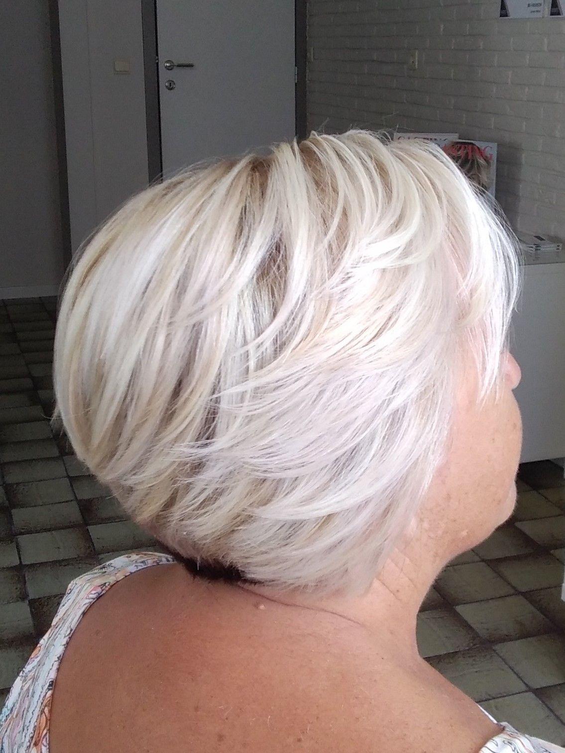 Dames 50 Kapseltrends 2018 Kort Bobkapsel Platina Blond Bob Haar Korte Bobkapsels Mode Kapsels