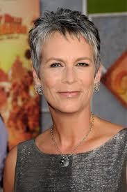 grijs haar korte kapsels vrouwen 60 jaar