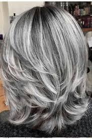 kapsels lang grijs haar