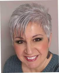 korte kapsels grijs haar 60