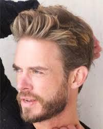 mannen kapsel blond kort